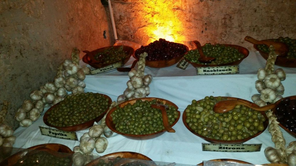 A wide selection of olives in the Christmas market in Traben Trarbach.